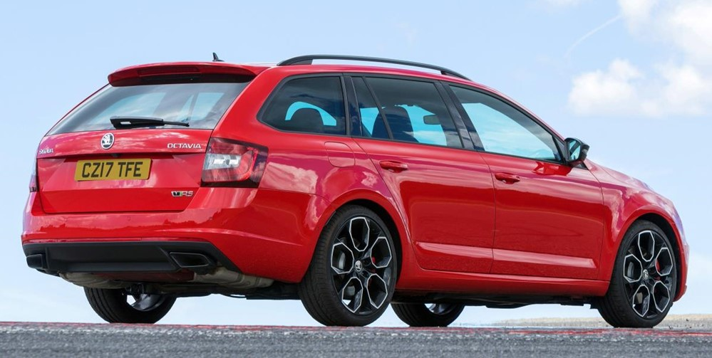 Skoda Octavia vRS 245 at 2018 Skoda Octavia vRS 245 UK Pricing Announced