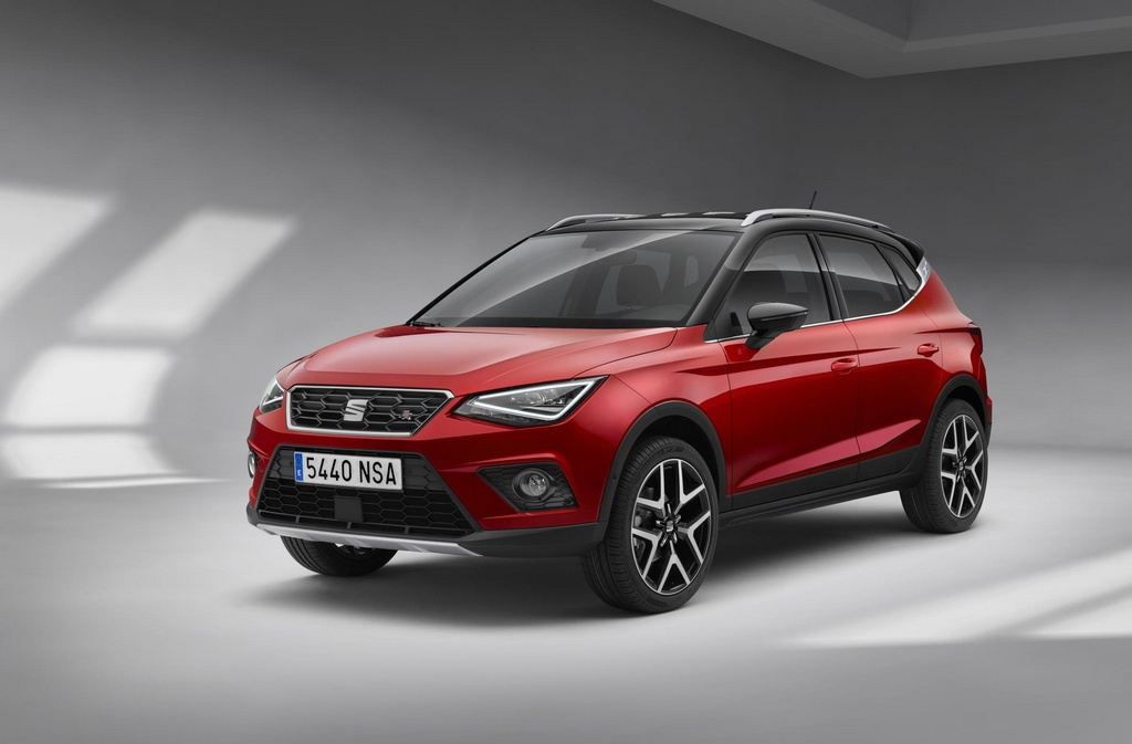 seat arona 1 at Official: 2018 SEAT Arona
