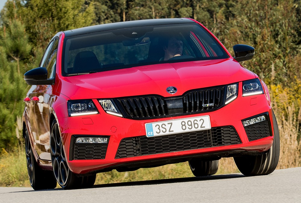 at 2018 Skoda Octavia RS 245   Performance Highlights