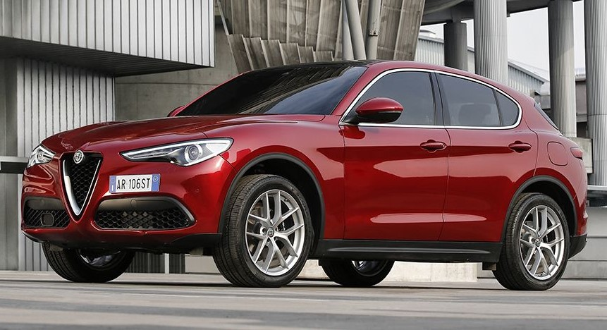 170222 Alfa Romeo Stelvio 83 2 at Alfa Romeo Stelvio Earns 5 Star Safety Rating