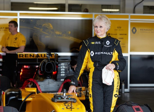 Renault Sport Rosemary Smith F1 4 600x438 at Rosemary Smith, 79, Test Drives Renault Formula One Car!