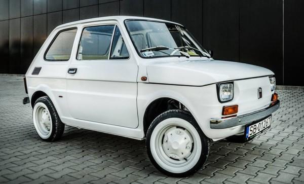 hanks fiat 126p 600x363 at Tom Hanks Fiat 126p with Carlex Interior