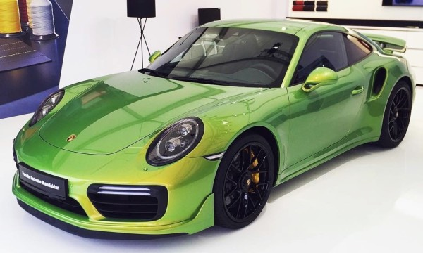 porsche exclusive paintjob 600x360 at Would You Pay $100K for This Porsche Exclusive Paint Job?