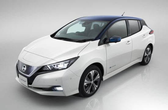 2018 Nissan LEAF 3 550x360 at 2018 Nissan LEAF UK Pricing Announced