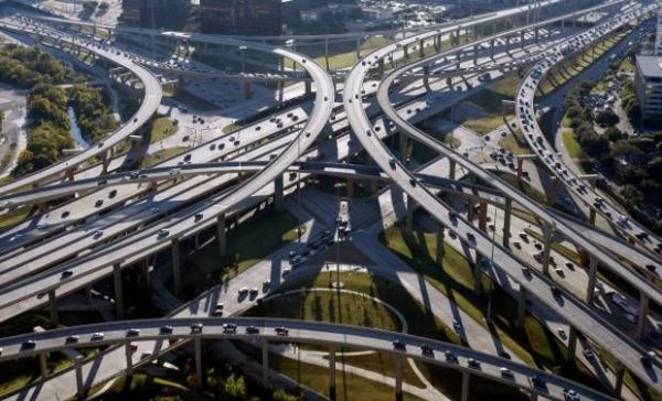 High Five Interchange Dallas United States 600x364 at 9 Fascinating Road Junctions Across the World