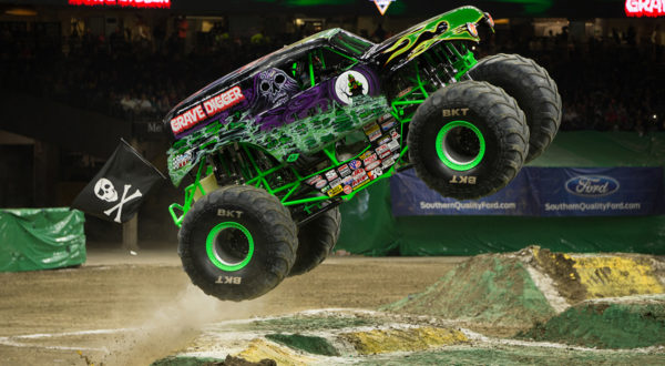 monster truck 1 600x330 at Monster Trucks   Passion for Off Road Adventure