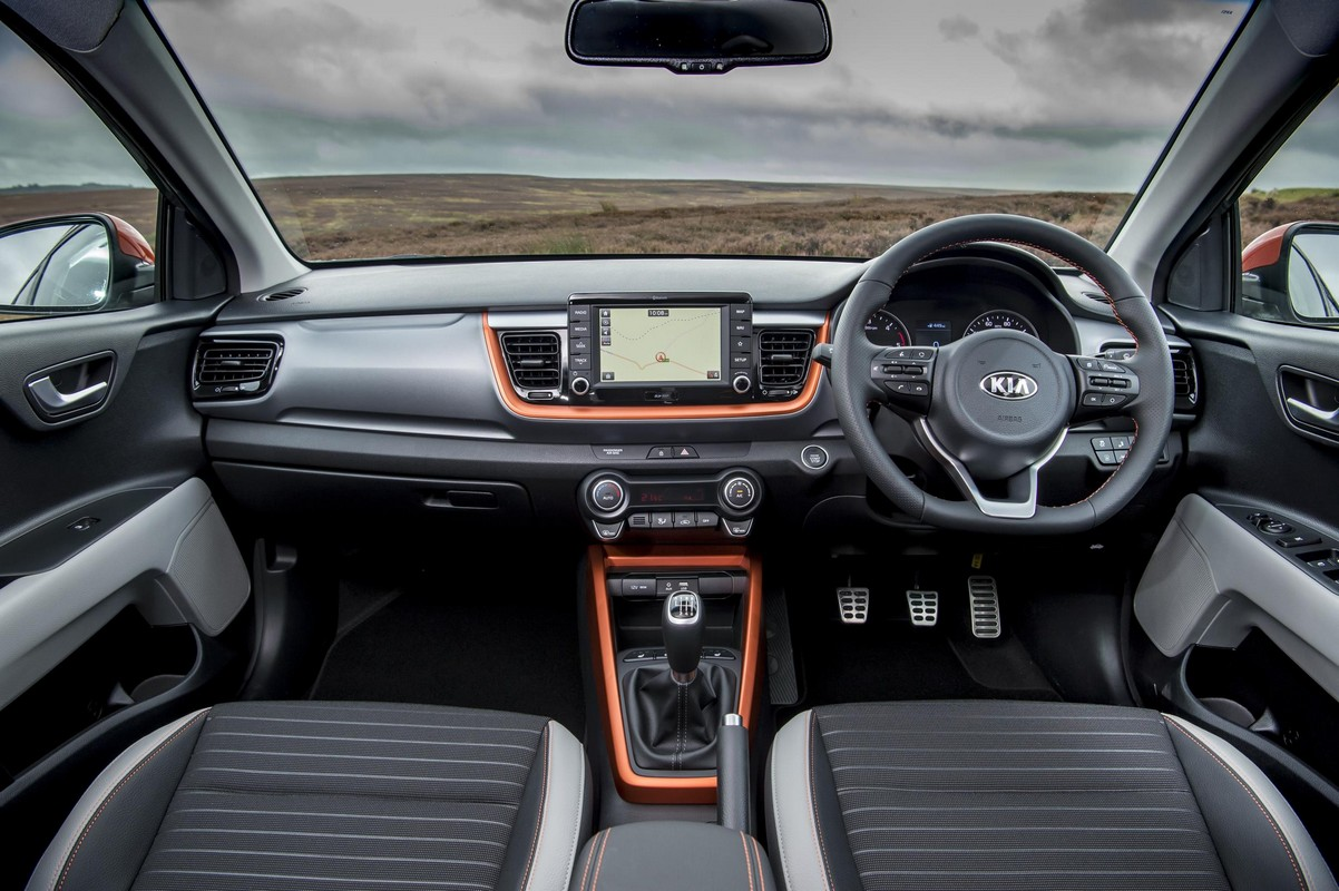 2018 kia stonic uk pricing specs announced for Interieur kia stonic