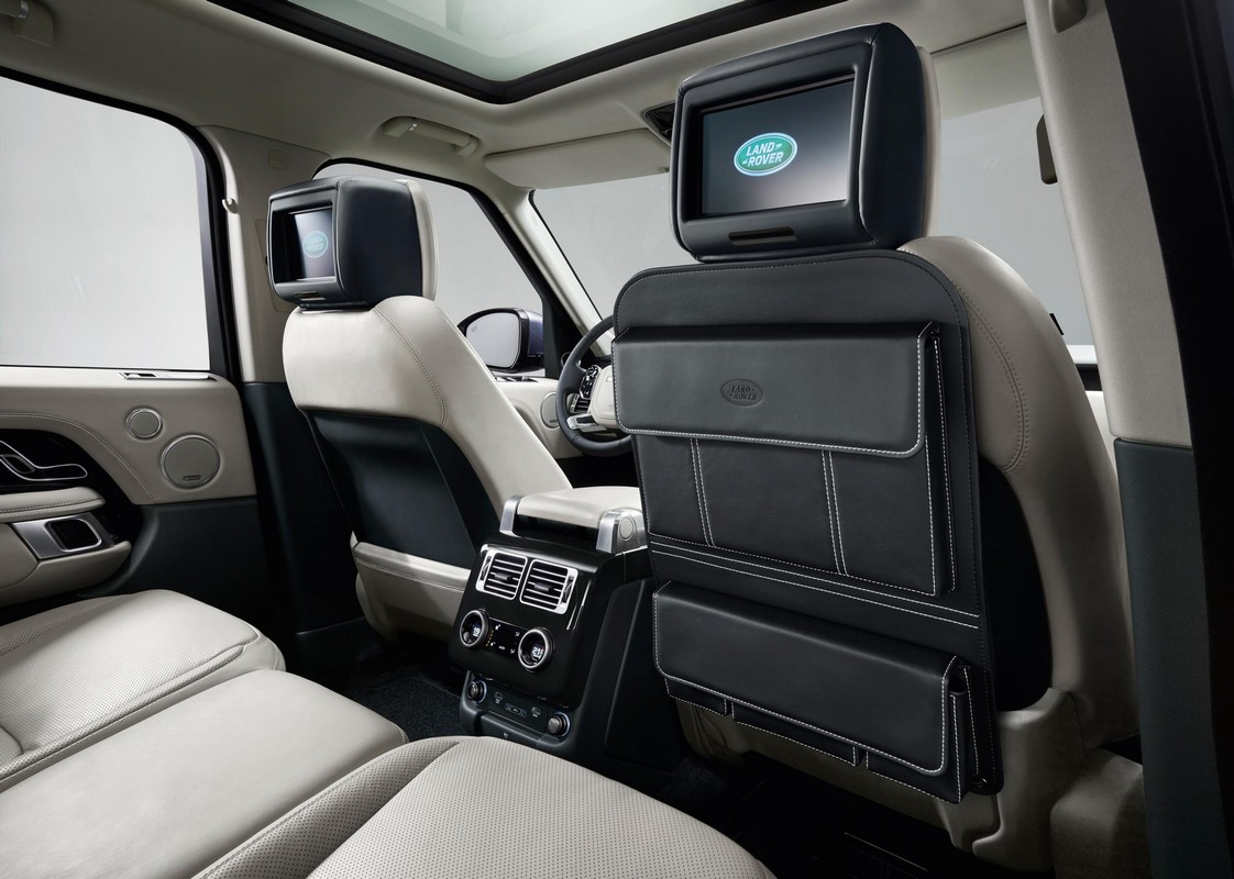2018 range rover vogue revealed pricing and specs. Black Bedroom Furniture Sets. Home Design Ideas