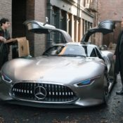 Justice League Mercedes Benz 5 175x175 at Justice League Superheroes Drive Mercedes Benz in New Movie