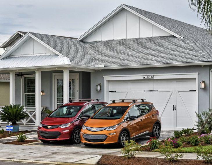 chevrloet volt 730x570 at General Motors reveals 2 Chevrolet Bolt based Electric Cars