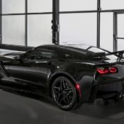 chevrolet corvette zr1 14 175x175 at First 2019 Corvette ZR1 Convertible to Be Auctioned for Charity