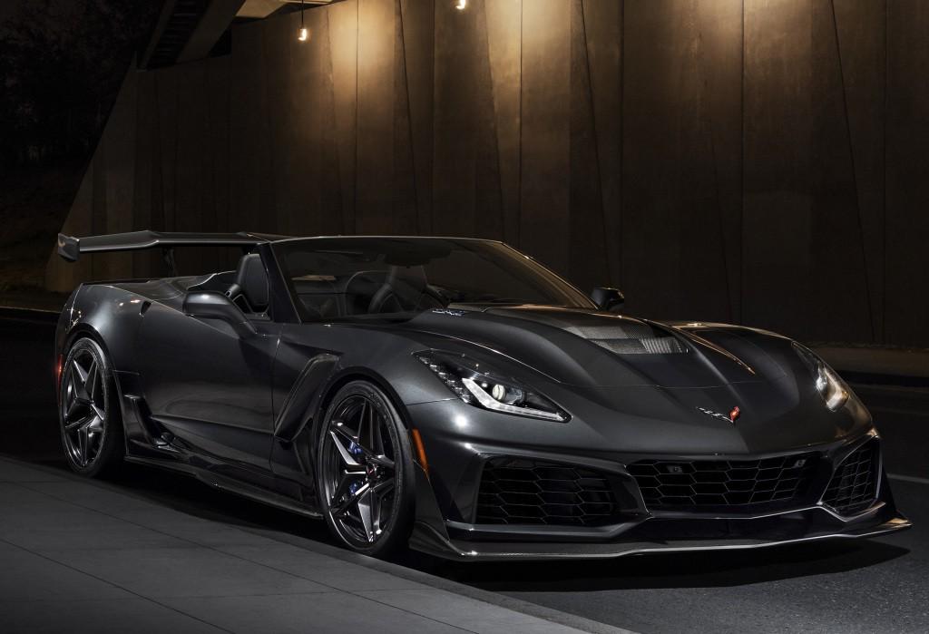 2019 corvette zr1 convertible unveiled at l a auto show. Black Bedroom Furniture Sets. Home Design Ideas