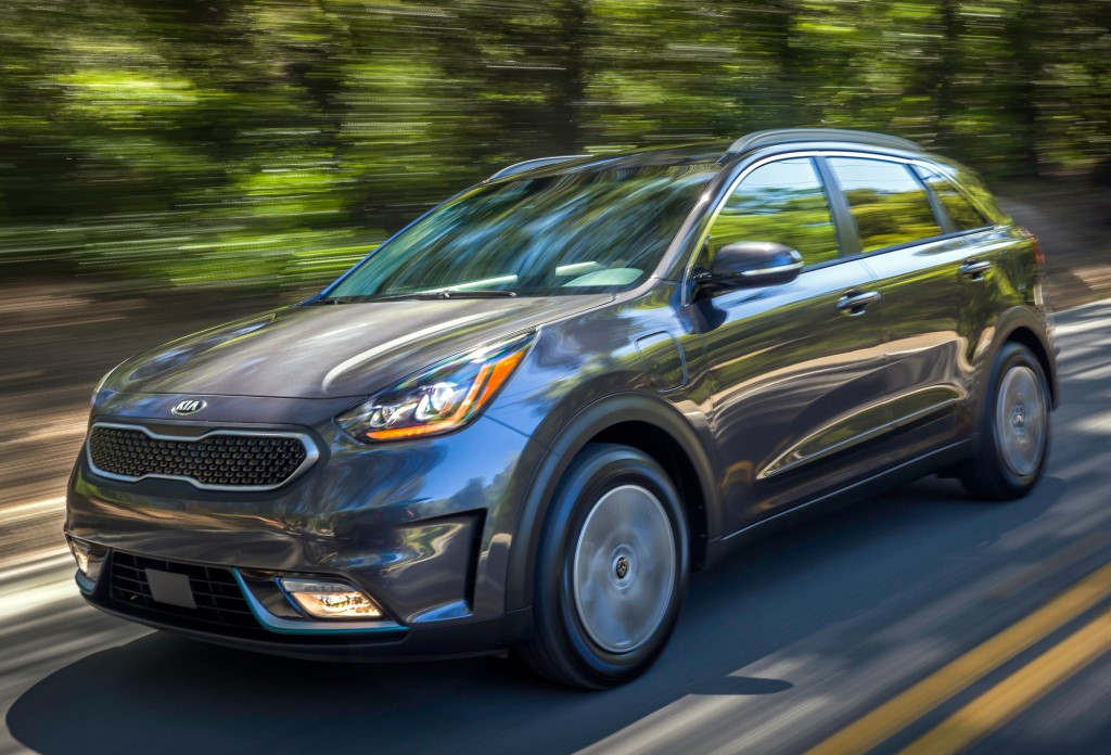 Official: 2018 Kia Niro Plug-in Hybrid (PHEV)