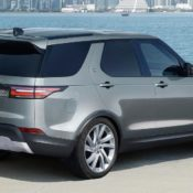 2018 Land Rover Discovery Commercial 1 175x175 at Official: 2018 Land Rover Discovery Commercial