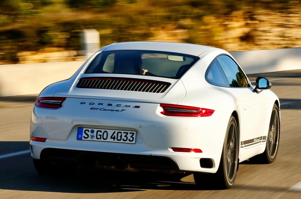 Porsche 911 Carrera T (2018) In-Depth Look on black porsche 911, old porsche 911, first porsche 911, hot wheels porsche 911, green porsche 911, orange porsche 911, gold porsche 911, future porsche 911, purple porsche 911, red porsche 911,