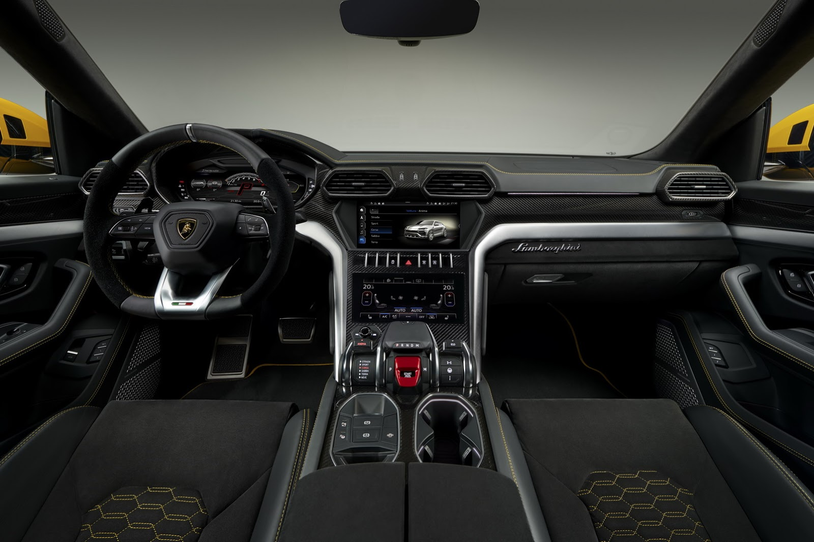 2019 lamborghini urus goes official 650 hp 305 km h. Black Bedroom Furniture Sets. Home Design Ideas