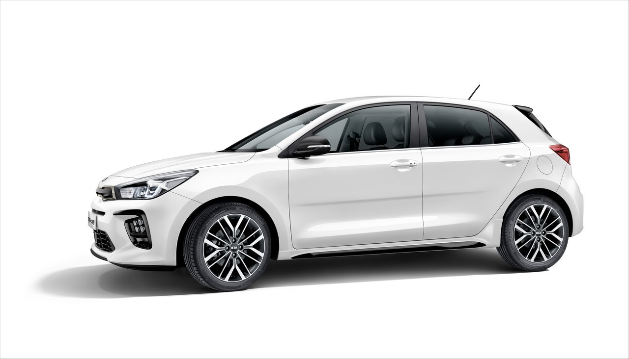 2019 kia rio gt line revealed with sporty looks. Black Bedroom Furniture Sets. Home Design Ideas