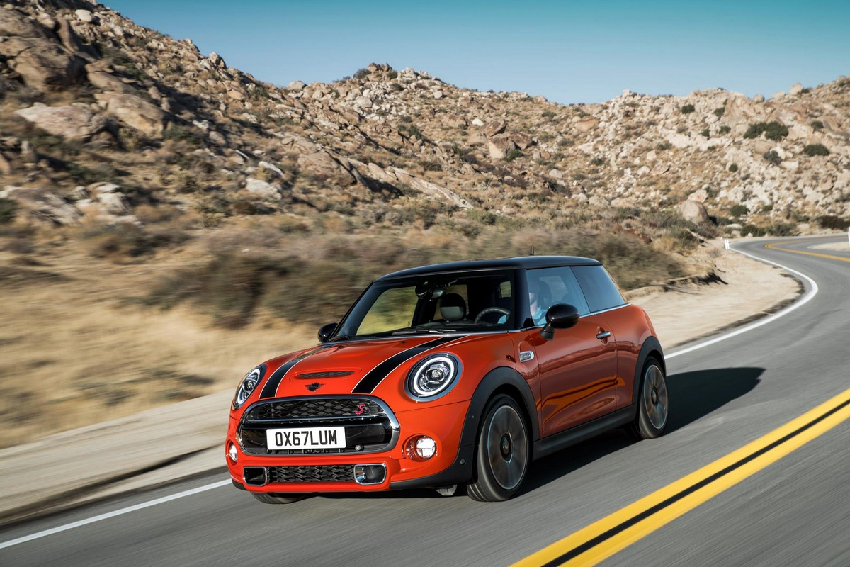 2018 MINI Cooper Details And Upgrades Revealed