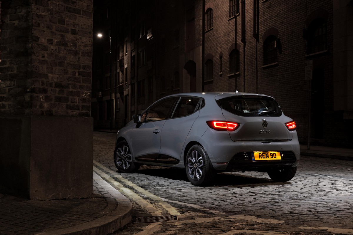 2018 renault clio urban nav special edition announced for uk. Black Bedroom Furniture Sets. Home Design Ideas