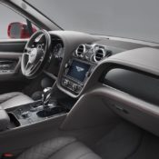 Front Interior 175x175 at 2018 Bentley Bentayga V8 Announced with 550 PS