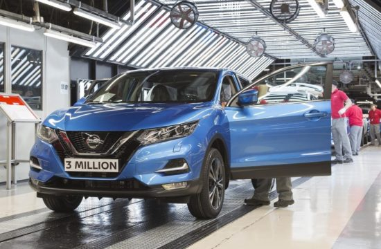 Nissan Qashqai 3 millionth 1 550x360 at 3 Millionth Nissan Qashqai Produced at Sunderland Plant
