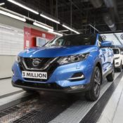 Nissan Qashqai 3 millionth 4 175x175 at 3 Millionth Nissan Qashqai Produced at Sunderland Plant