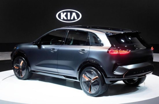 kia niro ev concept 2 550x360 at Kia Niro EV Concept Unveiled at CES 2018