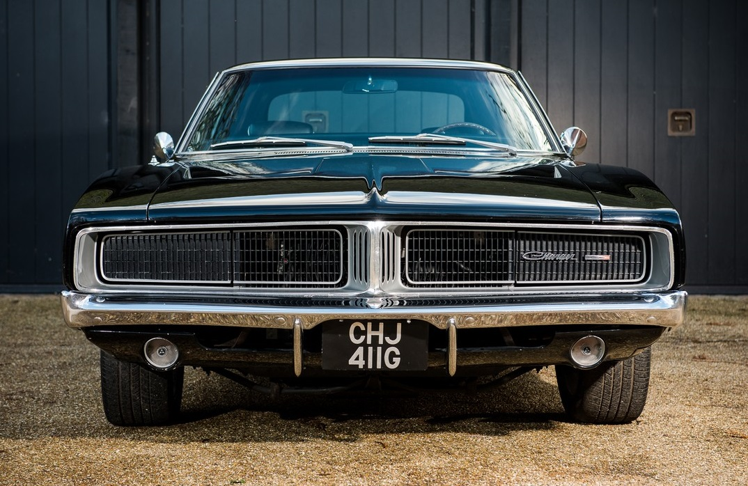 for sale 1969 dodge charger owned by bruce willis jay kay. Black Bedroom Furniture Sets. Home Design Ideas