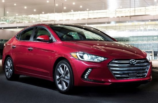 2018 Elantra 550x360 at 2018 Hyundai Elantra Gets Top Safety Pick+ Rating