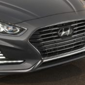 2018 Hyundai Sonata Hybrid 6 175x175 at 2018 Hyundai Sonata Hybrid Goes Official in Chicago