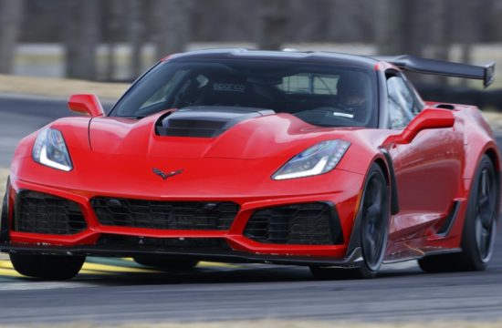 2019 Chevrolet Corvette ZR1 VIR Lap Record Holder 01 1 550x360 at 2019 Corvette ZR1 Sets Lap Record at Virginia International Raceway