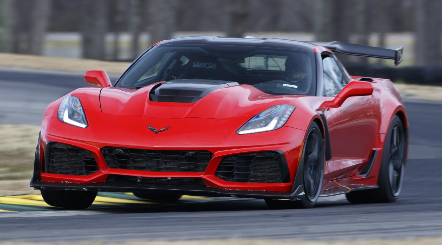 2019 Corvette Zr1 Sets Lap Record At Virginia