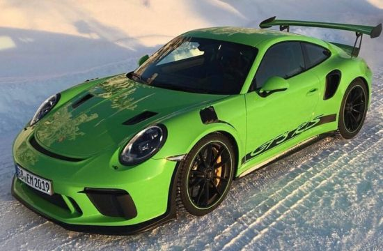 2019 Porsche 911 GT3 RS 1 550x360 at 2019 Porsche 911 GT3 RS Goes Official with 520 hp