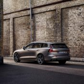 2019 Volvo V60 9 175x175 at 2019 Volvo V60 Revealed with Superb Looks & Technology