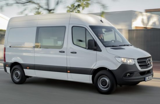 2019 mercedes sprinter 0 550x360 at 2019 Mercedes Sprinter Is a Jack of All Trades