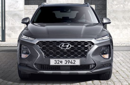 2019 santa fe 2 550x360 at 2019 Hyundai Santa Fe Specs and Details (KDM)