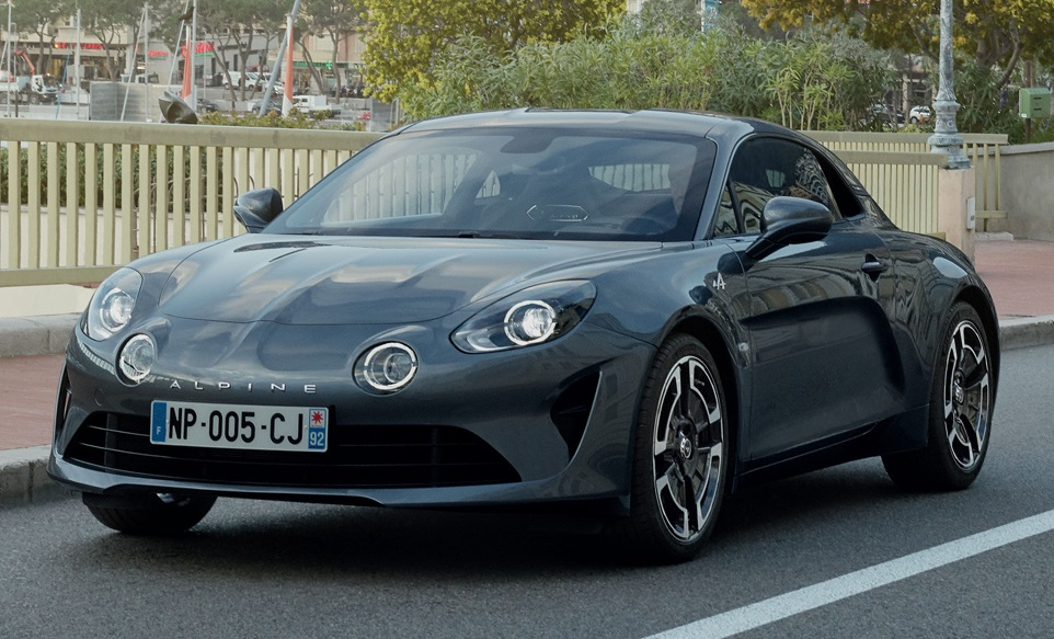 alpine a110 premiere and l gende editions coming to geneva. Black Bedroom Furniture Sets. Home Design Ideas