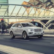 2019 Bentley Bentayga Hybrid 4 175x175 at 2019 Bentley Bentayga Hybrid Offers Efficient Luxury