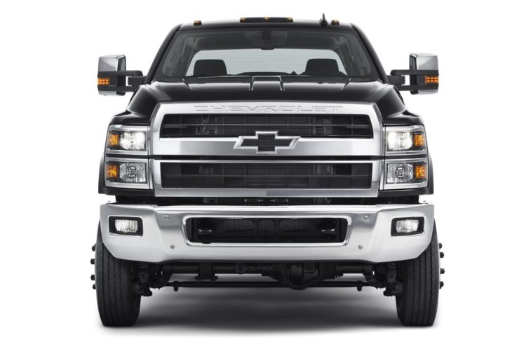 2019 Chevrolet Silverado Heavy Duty 6 730x491 at Official: 2019 Chevrolet Silverado Heavy Duty (4500HD, 5500HD, 6500HD)