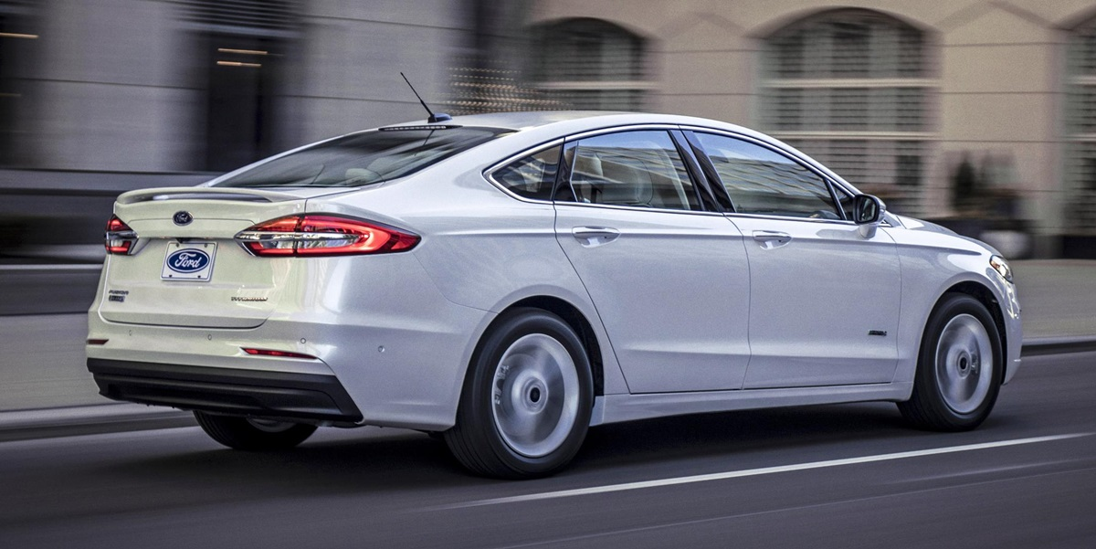 Ford Fusion Ecoboost >> 2019 Ford Fusion Announced with Standard Co-Pilot