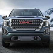 2019 GMC Sierra 2 175x175 at 2019 GMC Sierra Revealed with Super Clever Tailgate