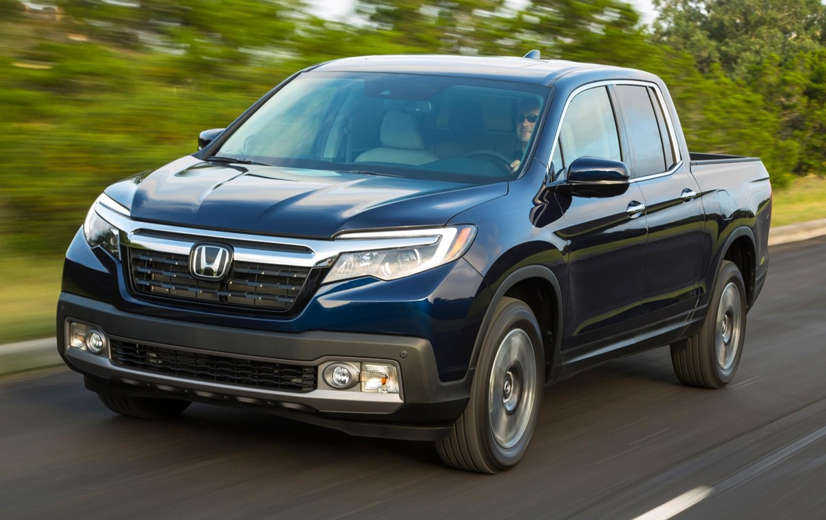 2019 honda ridgeline pickup priced from 29 990. Black Bedroom Furniture Sets. Home Design Ideas