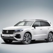 New 2019 Touareg 3 175x175 at 2019 Volkswagen Touareg Goes Official