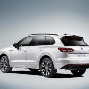 New 2019 Touareg 7 175x175 at 2019 Volkswagen Touareg Goes Official