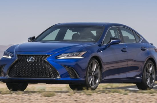 2019 Lexus ES 1 550x360 at 2019 Lexus ES   Official Specs and Details