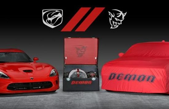 DodgeViperDemonBarrettJacksonf9e5bjg0p6tadq7eqvbsm7uutb  mid 550x355 at Final Dodge Viper and Challenger Demon To Be Auctioned For Charity