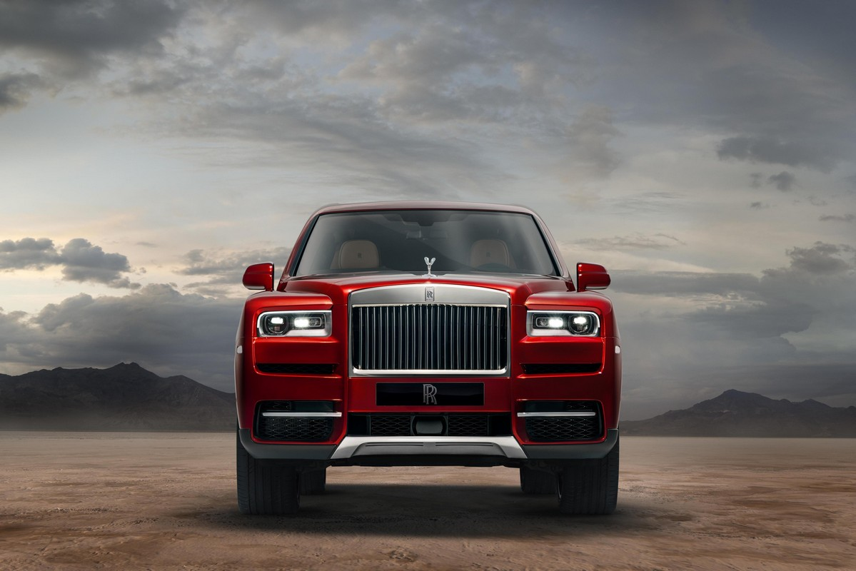 2019 rolls royce cullinan luxury suv unveiled. Black Bedroom Furniture Sets. Home Design Ideas