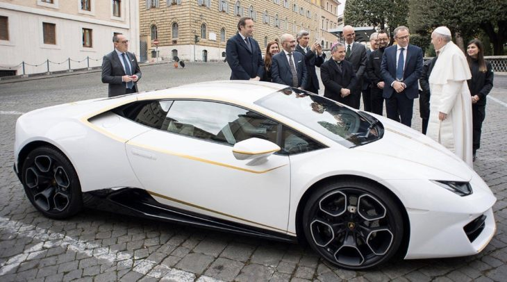 pope lambo 730x406 at Popes Lamborghini Huracan Sold for $861K at Auction