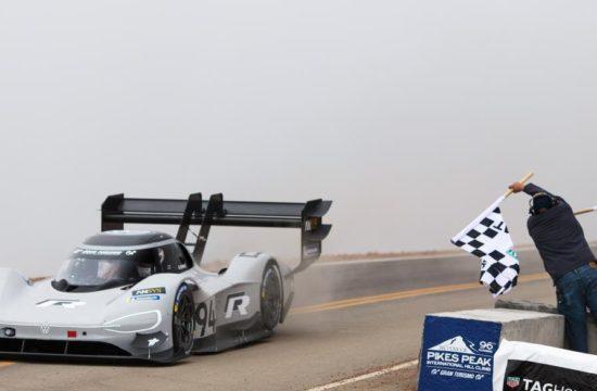VW I.D. R Sets New Pikes Peak Record 1 1 550x360 at Its Done it! VW I.D. R Sets New Pikes Peak Record