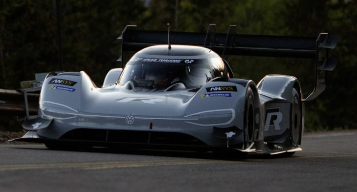 Volkswagen I. D. R Pikes Peak sets fastest time in qualifying Small 8459 1 730x393 at VW I.D. R Pikes Peak Sets Fastest Qualifying Time